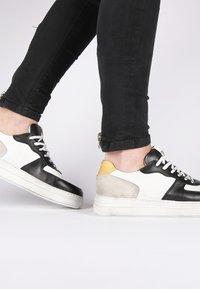 Blackstone - Skateskor - white - 2