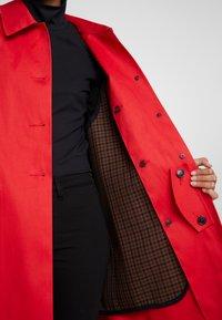 Mackintosh - HUMBIE COAT - Krátký kabát - goji - 4
