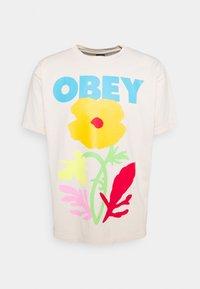 NO FUTURE FOR APATHY - T-shirt print - sago