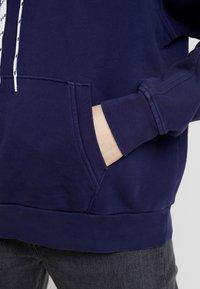 Levi's® - UNBASIC HOODIE - Hoodie - sea captain blue - 5
