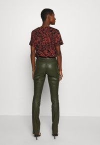 Ibana - LUCILLE - Leather trousers - green - 2