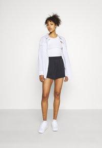 Monki - Shorts - black dark - 1
