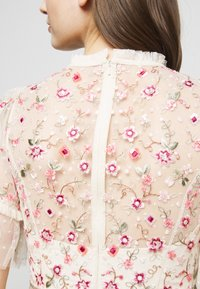 Needle & Thread - ELSIE RIBBON BODICE MAXI DRESS - Společenské šaty - champagne - 9
