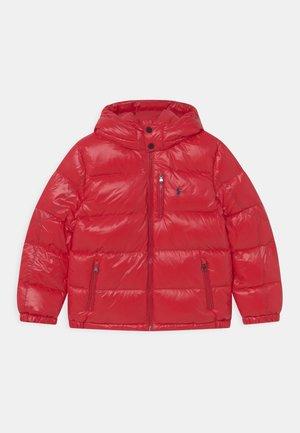 EL CAP OUTERWEAR  - Gewatteerde jas - red glossy