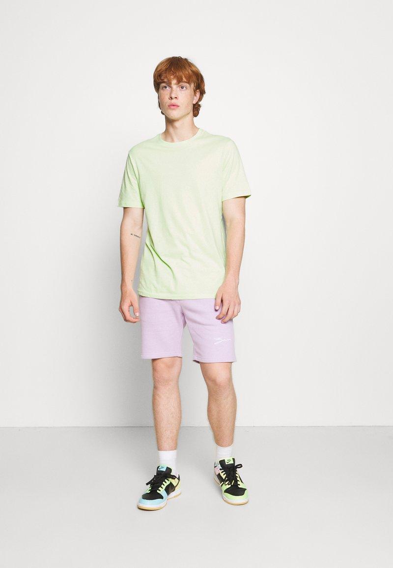 YOURTURN - 2 PACK UNISEX - T-shirt - bas - green/pink