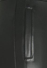 Miss Selfridge Petite - Legíny - black - 5