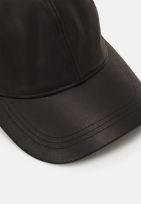 Weekday - CHILL - Cap - black - 3