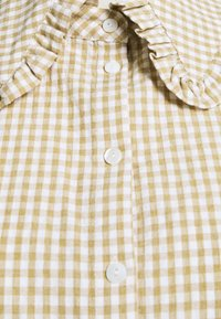Freequent - GINGHAM - Button-down blouse - beige sand - 2