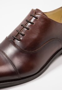 Shoe The Bear - HARRY - Smart lace-ups - brown - 5