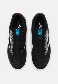 Mizuno - CYCLONE SPEED 2 - Tenisové boty na všechny povrchy - black/white/divablue - 3