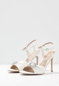 ALDO - ZAOSSA - Sandaler med høye hæler - white - 2