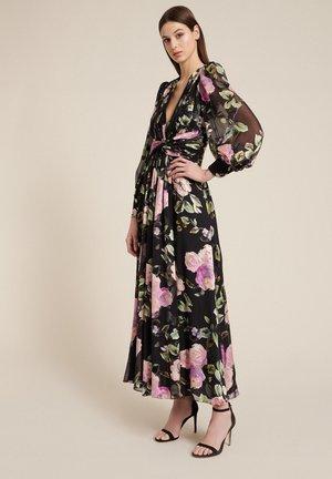 GELSI - Maxi dress - var nero/fucsia
