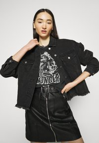 Gina Tricot - IDA TEE - Camiseta estampada - offblack - 3