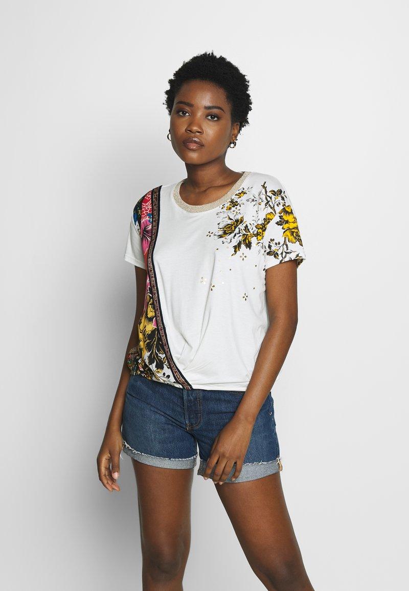Desigual - ATENAS - T-shirts print - white