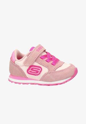 SKECHERS GIRL MEISJES SNEAKERS - Trainers - roze