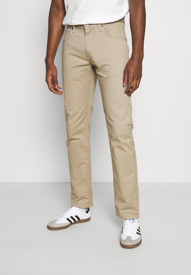 DAREN ZIP FLY - Pantalones - beige