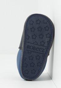 Robeez - RABBIT FARMER - First shoes - marine - 5