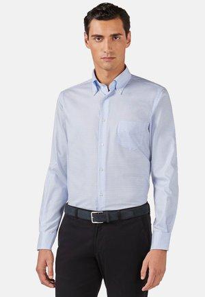 REGULAR FIT - Overhemd - light blu