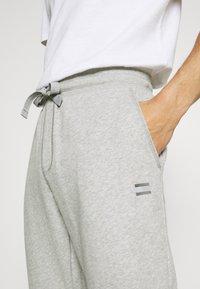 Tommy Hilfiger - Pantaloni sportivi - medium grey heather - 4