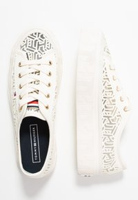 Tommy Hilfiger - KELSEY  - Baskets basses - white - 3
