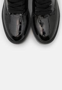 Guess - FLORICE - Cowboy/biker ankle boot - black - 5