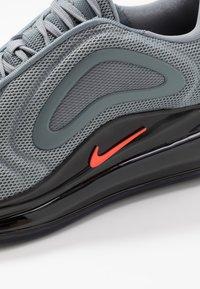 Nike Sportswear - AIR MAX 720 - Trainers - dark grey - 2