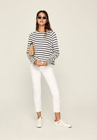 Pepe Jeans - EVELYN - T-shirt à manches longues - dark blue - 1