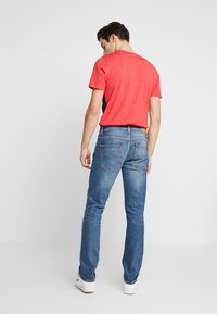Nudie Jeans - GRIM TIM - Slim fit -farkut - pale shelter - 2