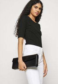 mbyM - WIKTORIA - Basic T-shirt - black - 6