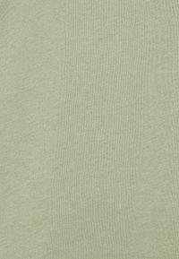 ARKET - Basic T-shirt - sage - 2