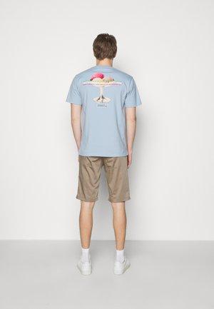 SAMUEL GELATO - Print T-shirt - light blue