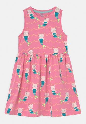 MERKITTEN DRESS - Vestido ligero - pink