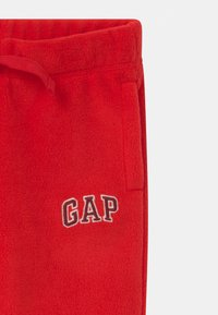 GAP - TODDLER BOY - Bukser - modern red - 2