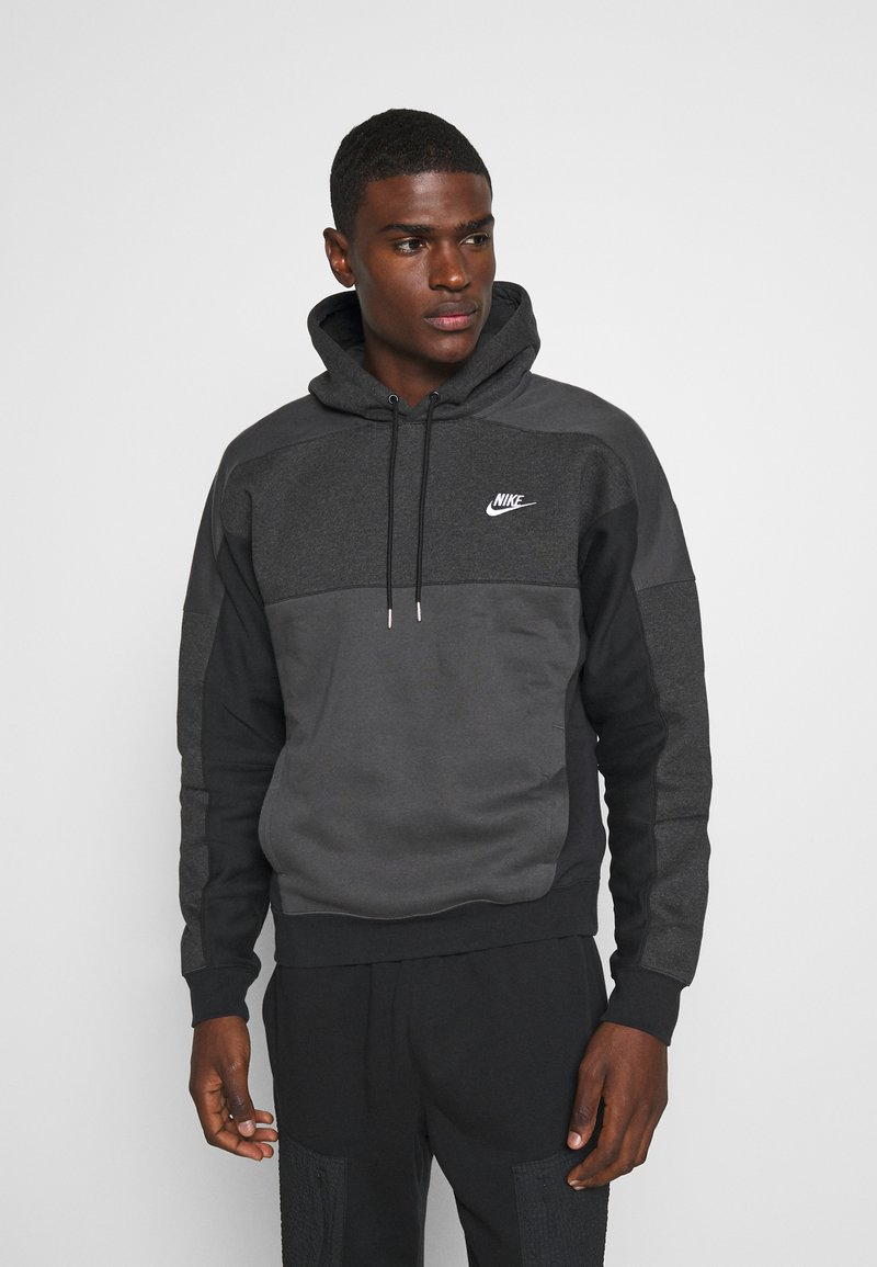 Nike Sportswear - HOODIE - Luvtröja - black heather/smoke grey/white