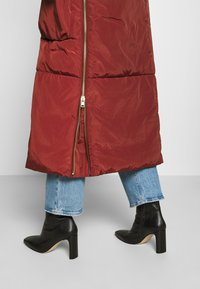 DAY Birger et Mikkelsen - NEW JUSTINE - Classic coat - fired brick - 7