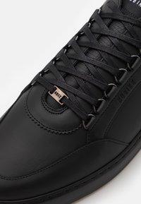 Nubikk - JIRO JADE - Sneakers basse - black raven - 5