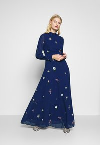 IVY & OAK - PRINTED DRESS - Vestito lungo - indigo - 1