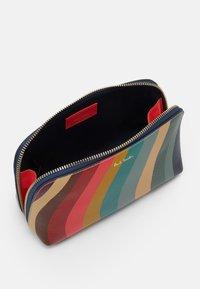 Paul Smith - BAG MAKE UP - Kosmetická taška - multicoloured - 2