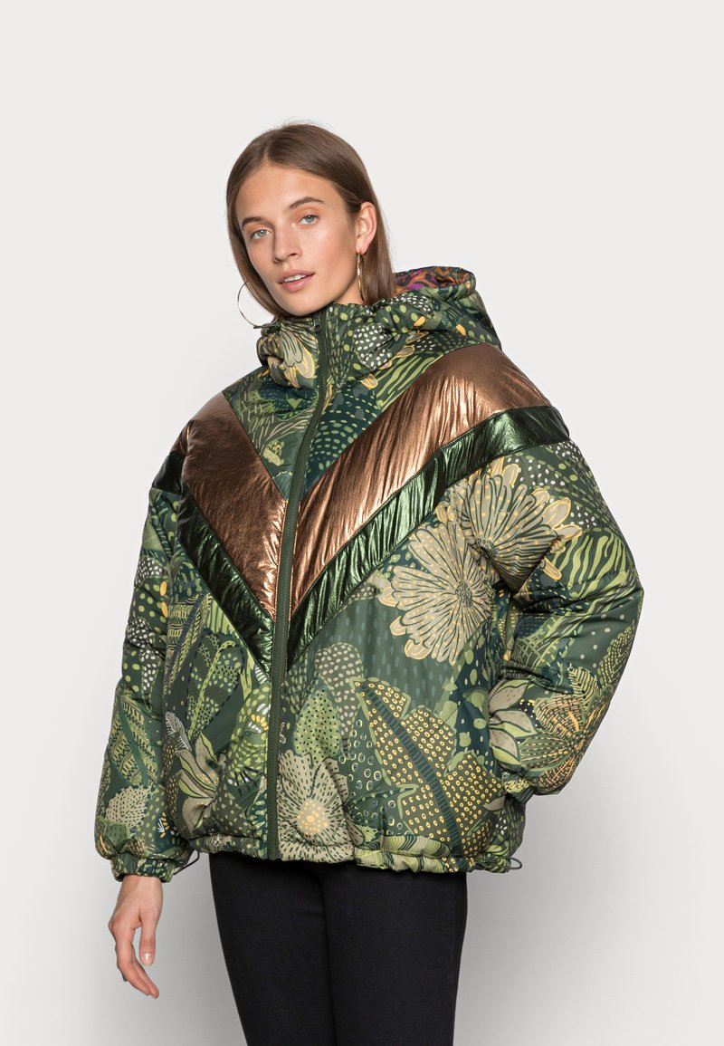 Farm Rio - GREEN COOL LEOPARD REVERSIBLE PUFFER JACKET - Winter jacket - mottled olive