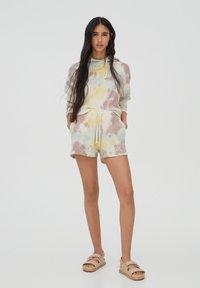 PULL&BEAR - Shorts - beige - 0