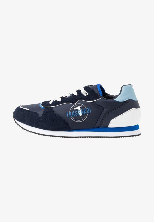 Sneakers basse - paper sugar