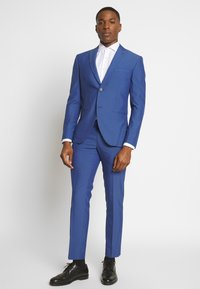 Isaac Dewhirst - PAIN SUIT - Completo - blue - 1