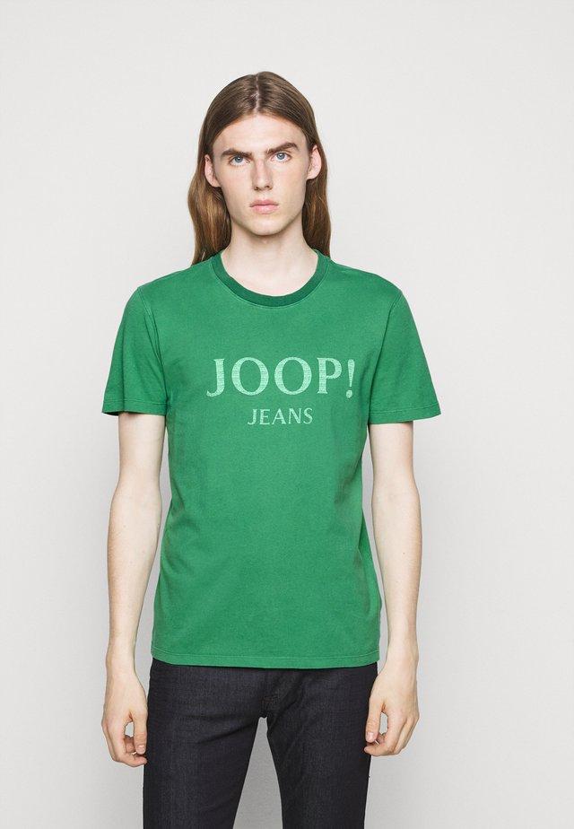 AMBROS  - Print T-shirt - green