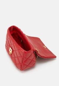 Valentino Bags - OCARINA - Across body bag - rosso - 2