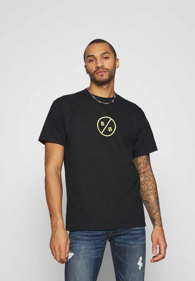 ALLEN TEE - Camiseta estampada - black