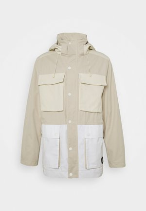 POCKET MILITARY JACKET - Parkaer - beige