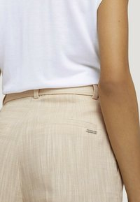 mine to five TOM TAILOR - Chinos - sand white twill - 5