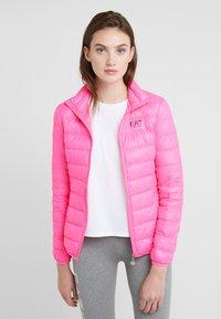 EA7 Emporio Armani - TRAIN CORE LADY - Dunjakke - neon pink / black - 0