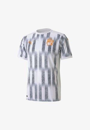 Club wear - puma white-flame orange