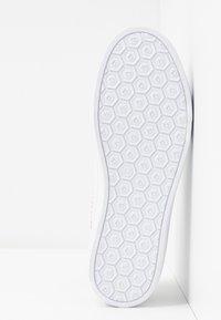 Bugatti - ELEA - Trainers - white/silver - 6